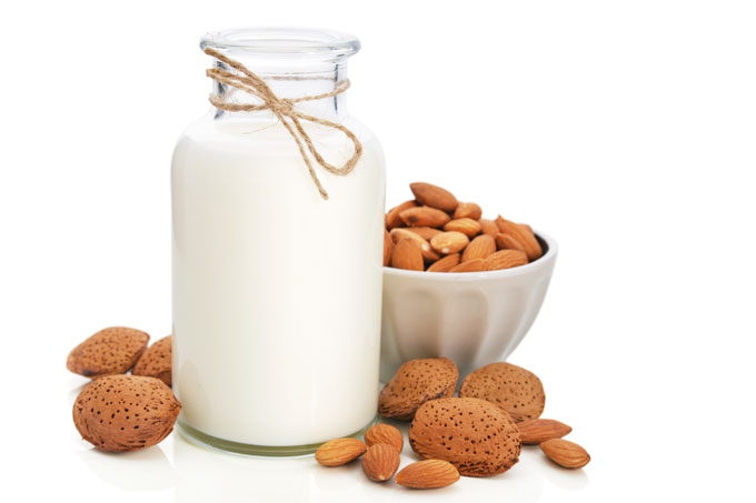 homemade almond milk - raw, vegan, paleo