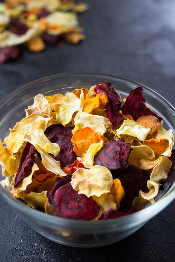 baked veggie chips from root vegetables