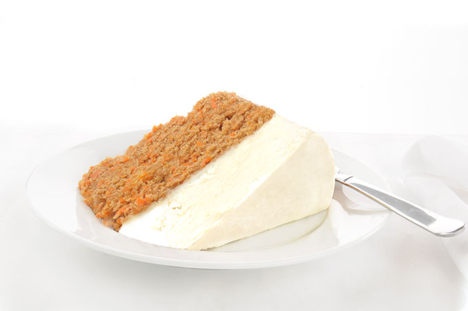 raw carrot cake with icing - vegan, paleo