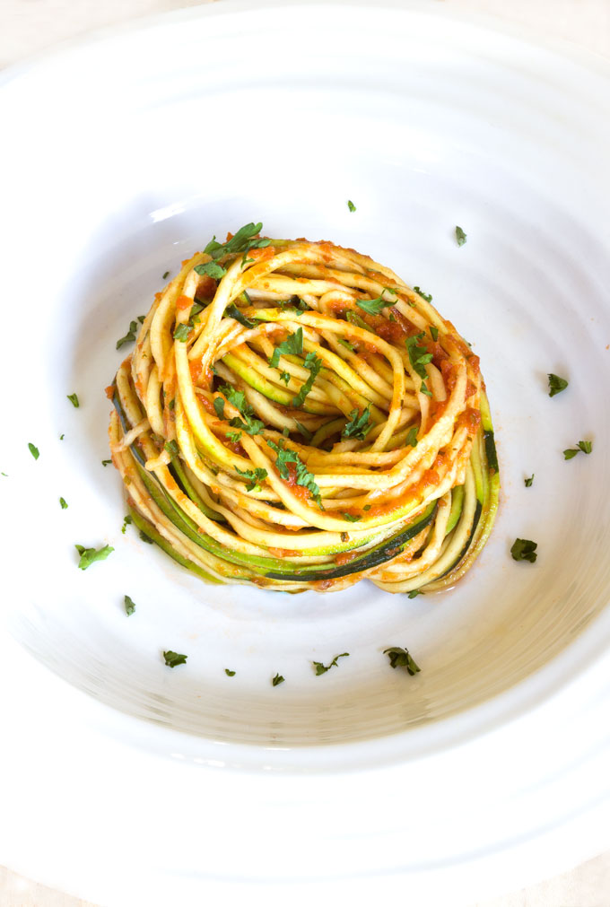 Raw Zucchini Noodles with Marinara {Video}