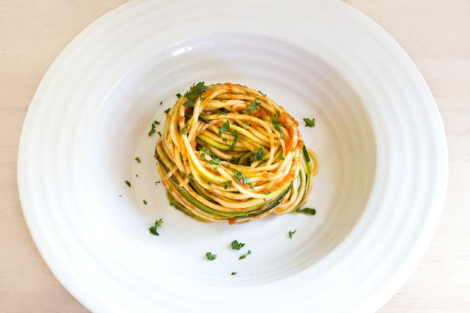 raw zucchini with marinara sauce