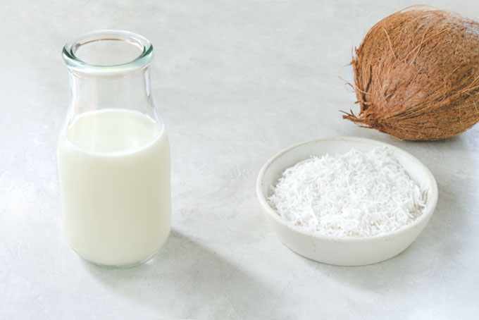 coconut milk from fresh coconut