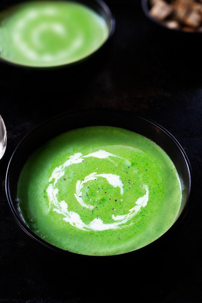 broccoli soup - raw, vegan, keto, paleo, with cashew cream