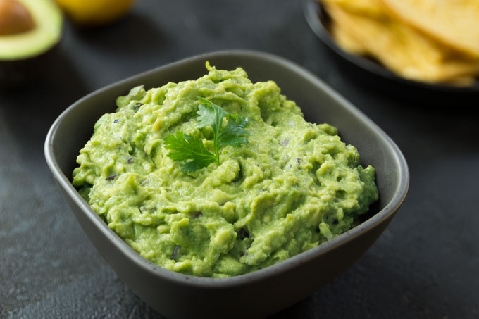 guacamole - homemade, fresh, vegan, paleo, raw