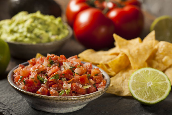 pico de gallo, raw corn chips, guacamomle