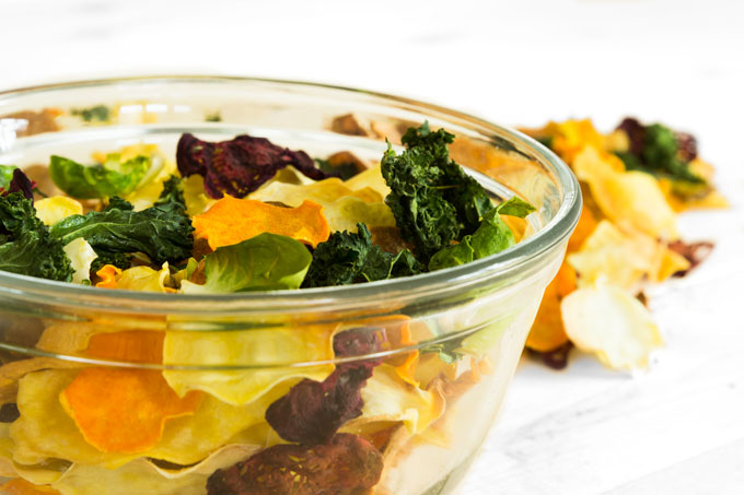 baked veggie chips from leafy greens and root vegetables