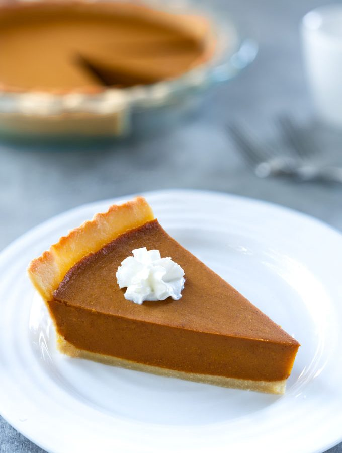 vegan pumpkin pie with no-bake filling