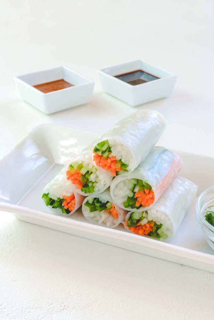 Spring Rolls (Summer Rolls) with Peanut Sauce {Video}