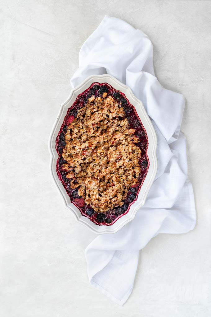 berry crisp - keto, paleo, low-carb, grain-free