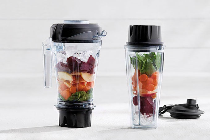 how to load Vitamix container